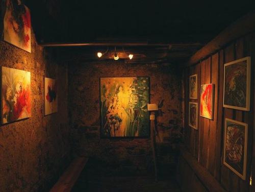 """Ausstellung der """"Farbfinder"""" in der Kunstscheune"""
